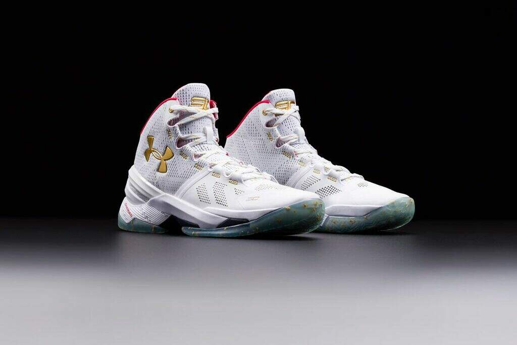 Curry 2 White / Red / Metallic Gold Masculino