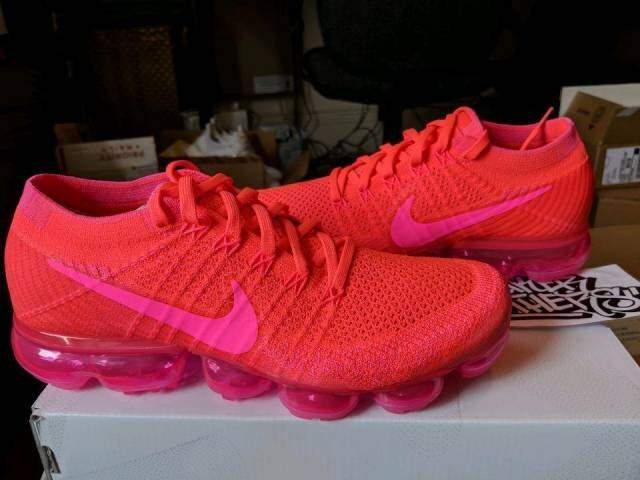 best loved 4ee42 b72f0 Air VaporMax Flyknit Hyper Punch / Pink Blast / Hot Punch / Black Feminino  - CONRADO IMPORTADOS
