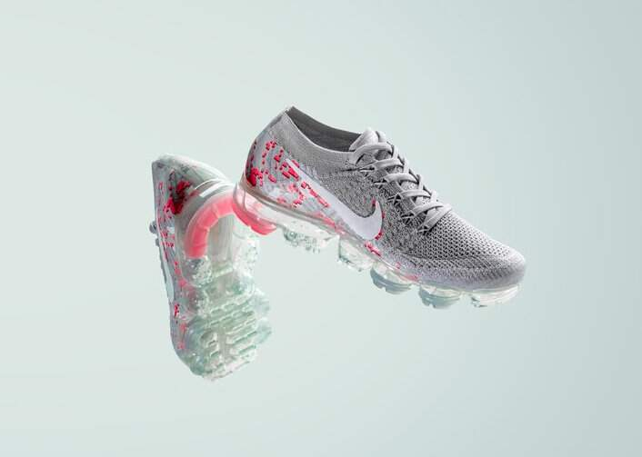 Air VaporMax Flyknit Atmosphere Grey / White-Hot Punch Feminino