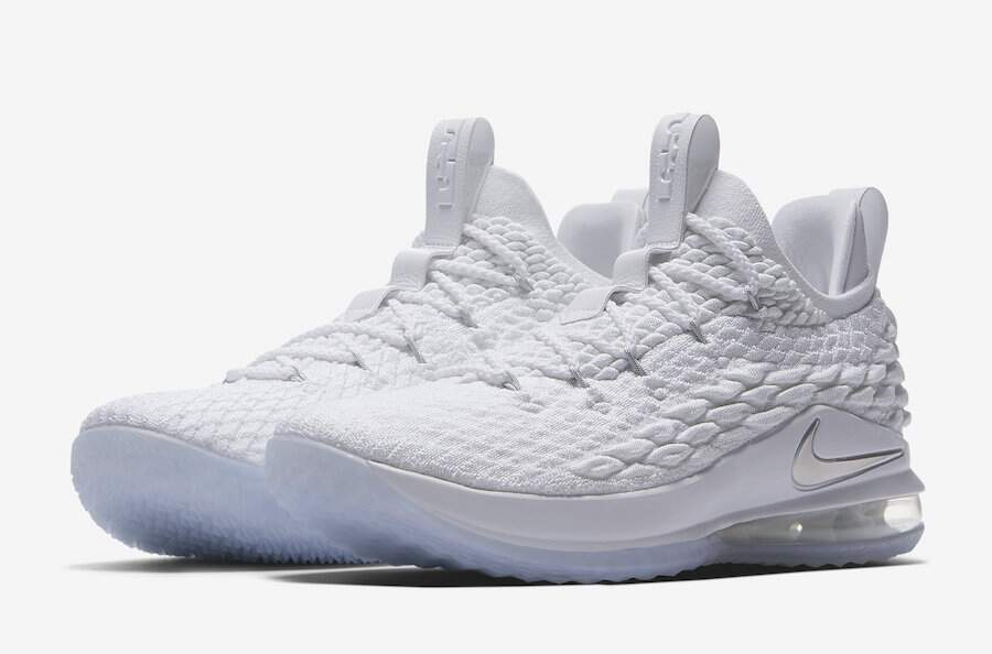 LeBron 15 Low White / Metallic Silver / Atmosphere Grey Masculino