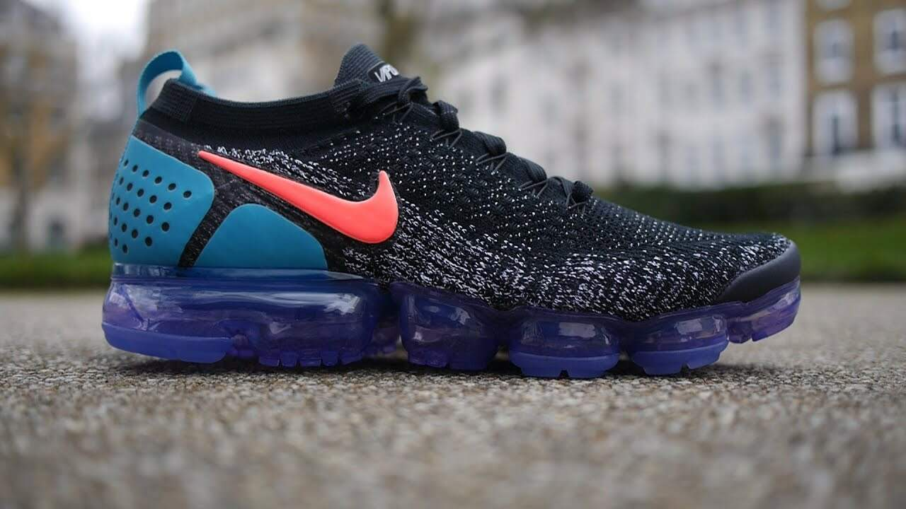 Air VaporMax 2 Flyknit Black / White / Dusty Cactus / Hot Punch Masculino