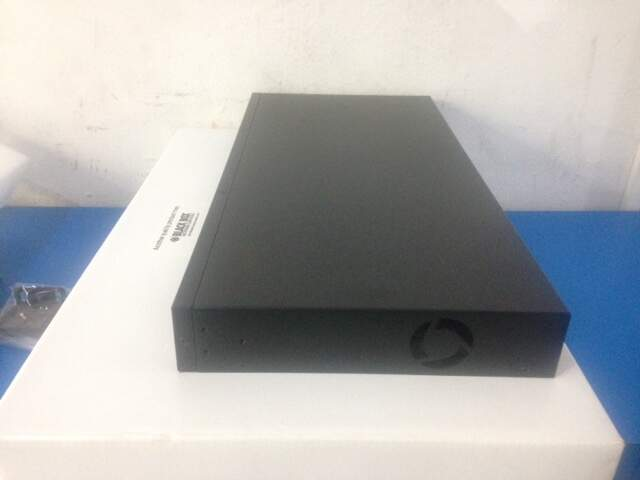 Switch POE 24 portas 10/100 L2 Black Box LPB201A