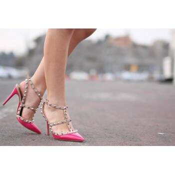 Sapato Val. Rockstud Pink and Nude