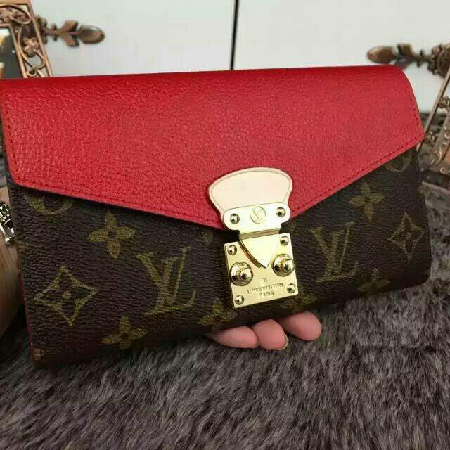 Carteira Louis Vuitton Pallas Red - Premium