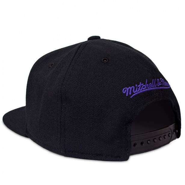 Boné Mitchell and Ness Snapback Los Angeles Lakers Preto