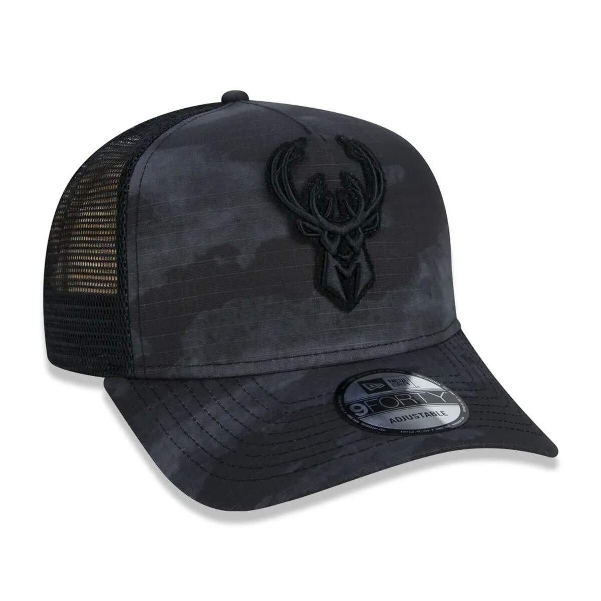 Boné New Era Strapback Milwaukee Bucks NBA Camuflado Preto