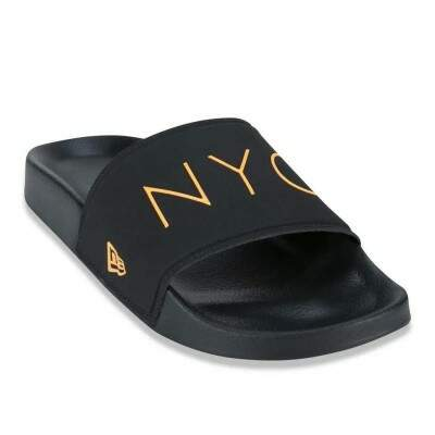 Chinelo New Era Slide NYC Preto / Laranja