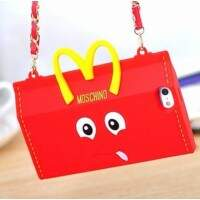 Capa para iPhone 4/4S Luxo Moschino Smile Bag