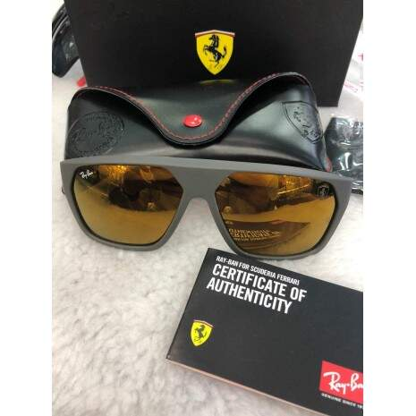 RB4195M SCUDERIA FERRARI COLLECTION