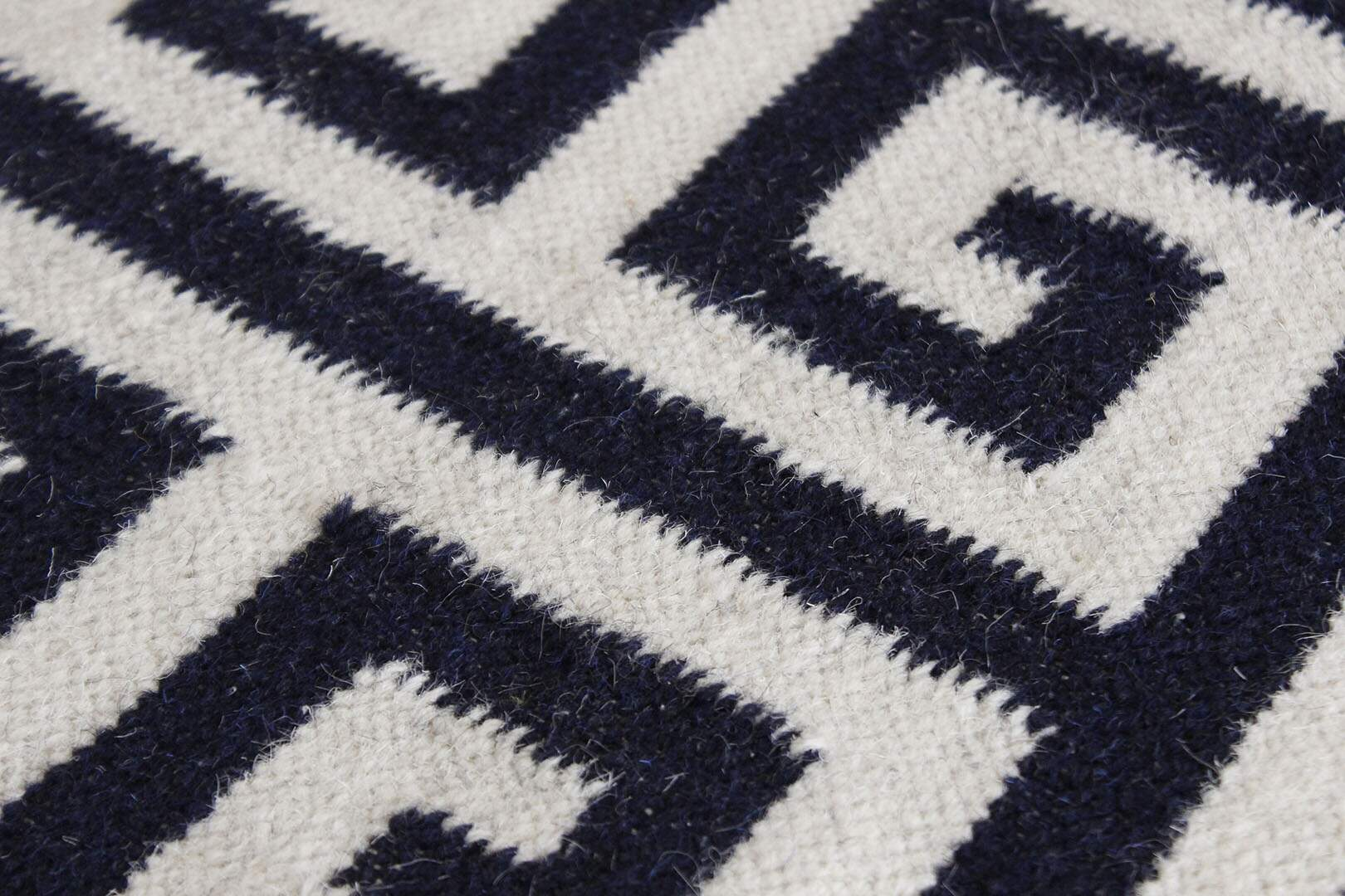 Tapete Kilim Indiano Givenchy Branco Azul 2,00 x 3,00m