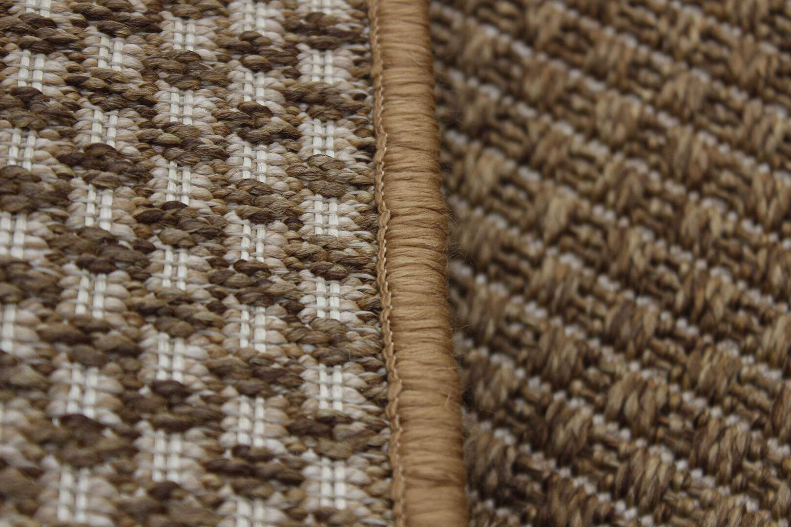 Tapete Sisal Bélgica Nature Liso Caramelo 1,50 x 2,00m