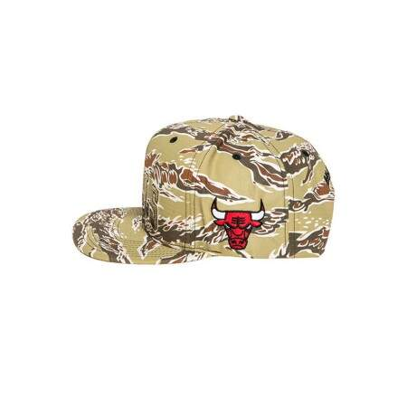 Boné Mitchell and Ness Snapback Chicago Bulls Camuflado