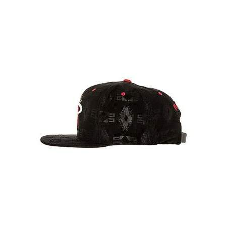 Boné Mitchell and Ness Strapback Miami Heat Black