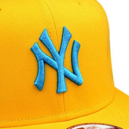 Boné New Era 9FIFTY Snapback New York Yankees Amarelo/Azul