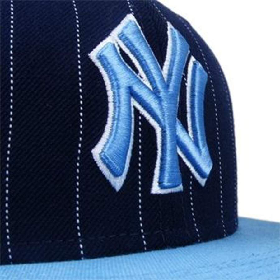 Boné New Era 9FIFTY Snapback New York Yankees Listrado Blue