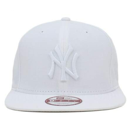 Boné New Era 9FIFTY Snapback New York Yankees Branco