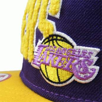 Boné New Era 9FIFTY Snapback Los Angeles Lakers Roxo/Amarelo