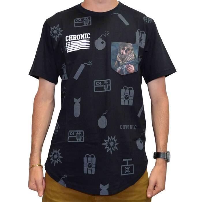 Camiseta Chronic Oversized Skull Bombs - Preto