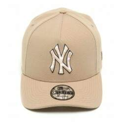 Boné New Era Aba Curva 940 New York Yankees Bege/Camo - Snapback