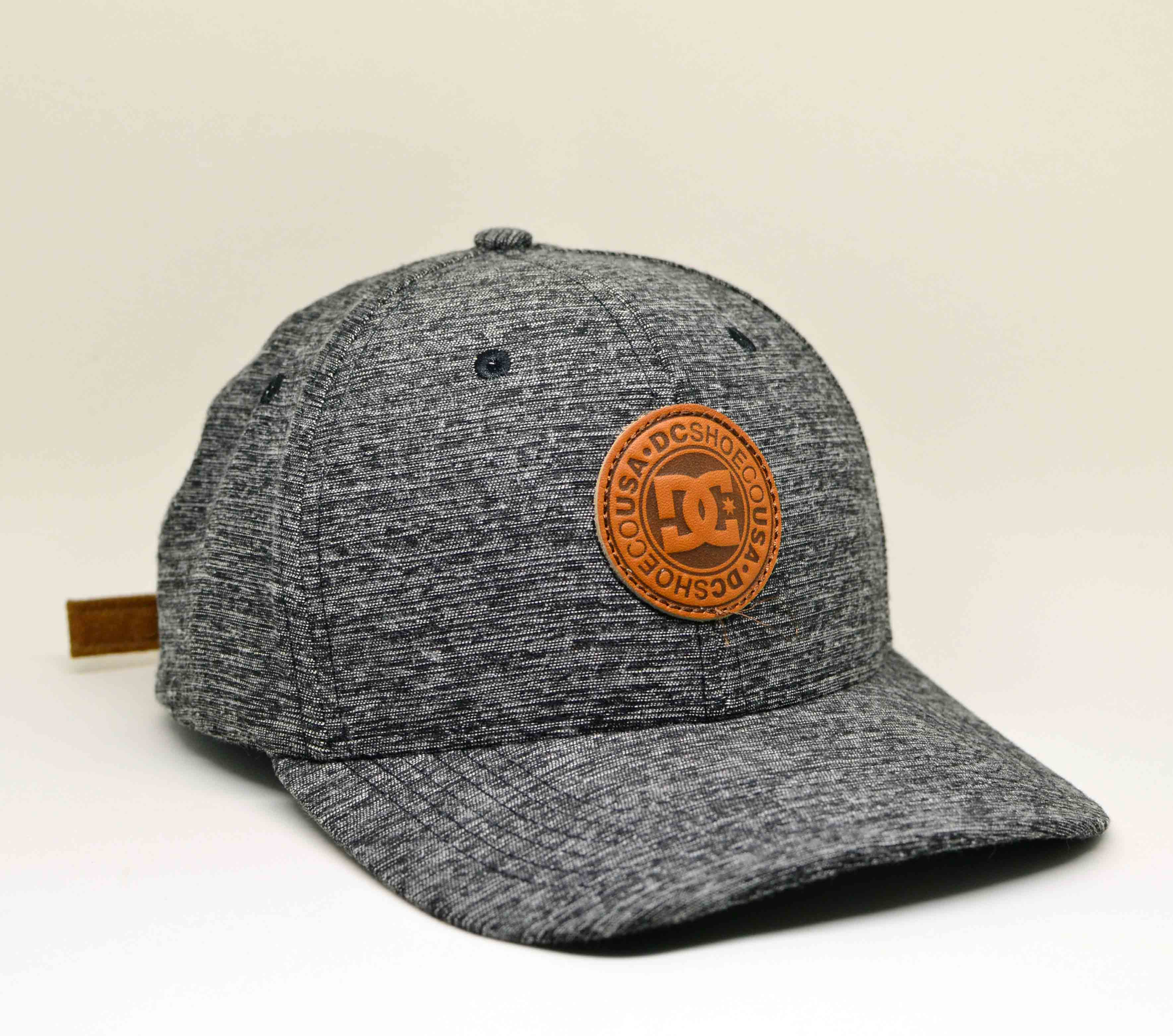 Boné DC Shoes Aba Curva Lids Dark Gray - Strapback