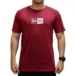 Camiseta New Era Essentials Logo Box - Vinho
