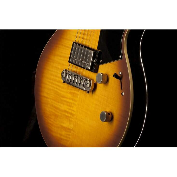 Guitarra Yamaha RS620 Brick Burst - Revstar Series