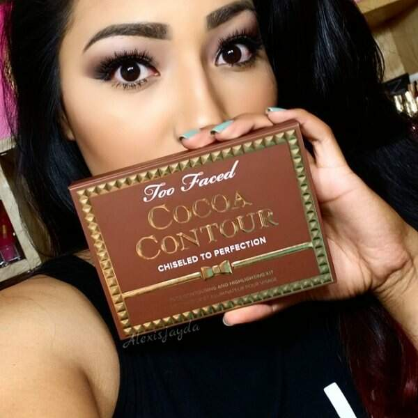 Paleta Cocoa Contour Chiseled to Perfection TOO FACED
