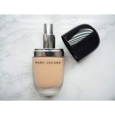 Base Blur Liquid Matte Foundation MARC JACOBS