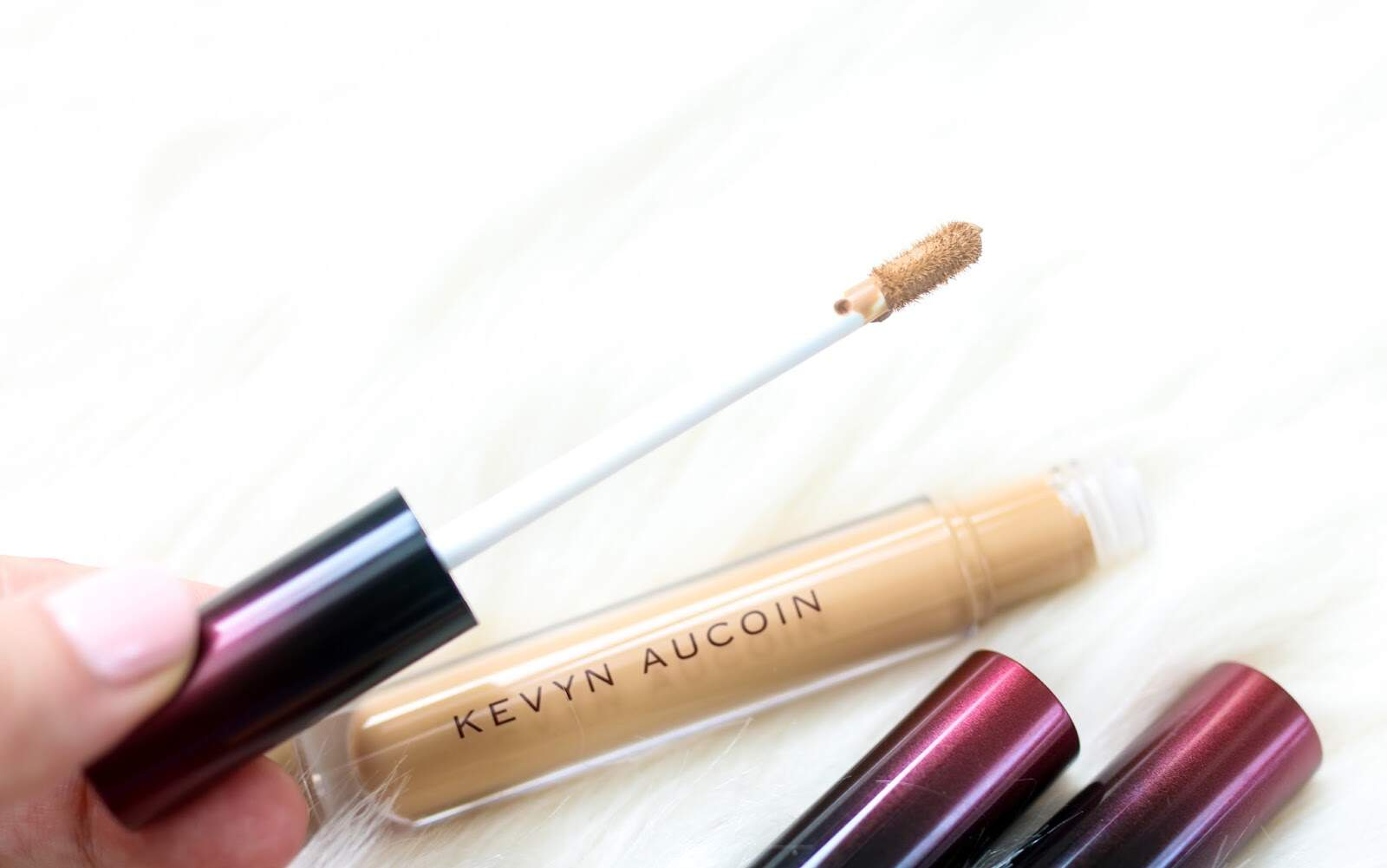 Corretivo The Etherealist Super Natural KEVYN AUCOIN