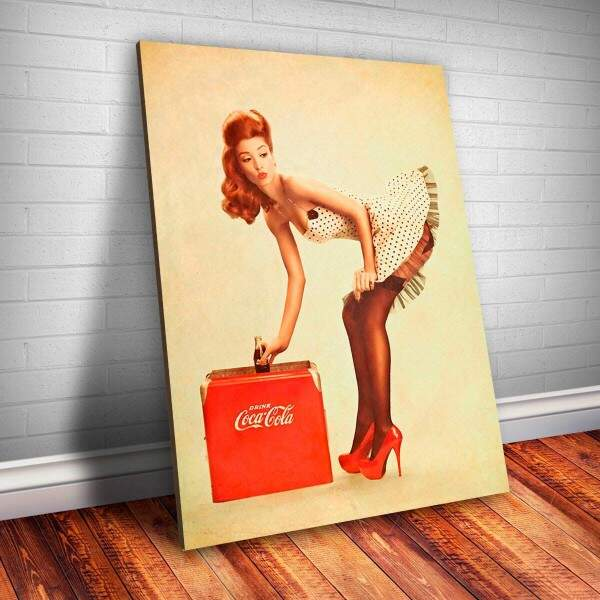 Placa Decorativa Pin-up com Coca Cola